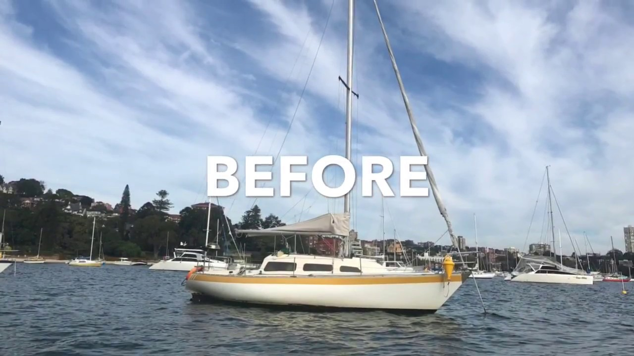 Vinyl Yacht Wrap - 26ft Yacht in Supreme Indigo Blue with pinstripe and boat name