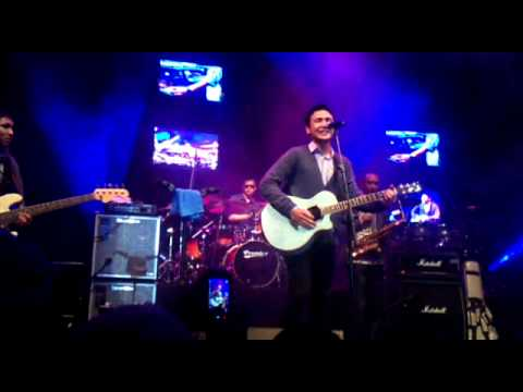 Ello Live @ Java Jazz 2011 [Benci Tapi Ridu]