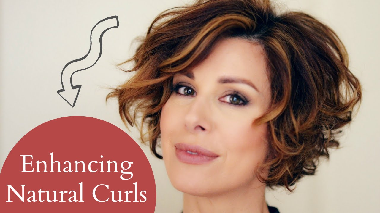 Wavy Hair Styling: Enhancing Short Naturally Curly Hair
