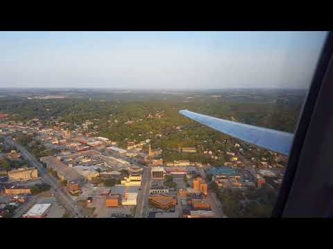 Delta Airlines MD-88 Sunset Landing in Omaha in 4K