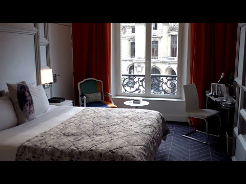 W Paris - Opéra, France - Review of Spectacular Room 220