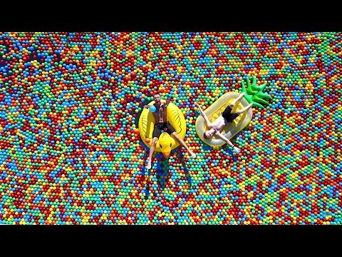 Download Youtube: OUR NEW BALL PIT!!