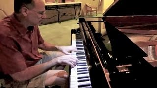 Las Vegas Motorcoach Resort: The RVgeek playing Maple Leaf Rag by Scott Joplin Thumbnail