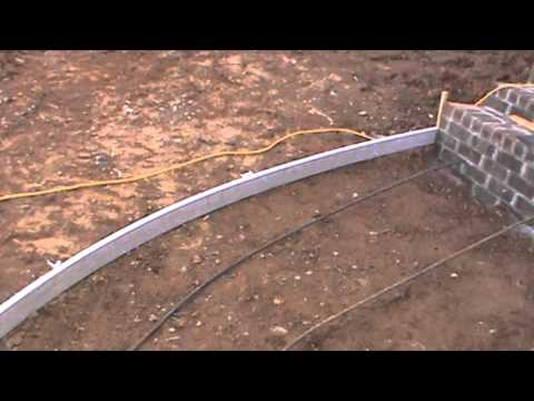 How to form a curved concrete sidewalk