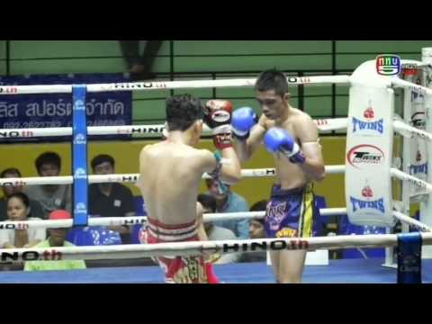Professional Muay Thai Boxing from Lumphinee Stadium on 2015-01-24 at 10 pm