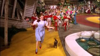 Download The Wizard Of Oz clip-You're off to see the Wizard Mp3