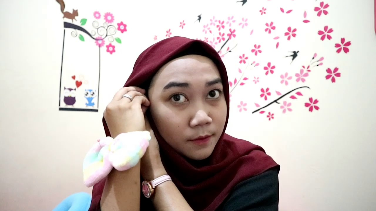 Tutorial Hijab Simple Pakai Segiempat Crepe Diamond Youtube