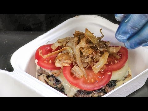 Gourmet Burger, Recipe from Slovakia, Tasted in London. Street Food of Brick Lane