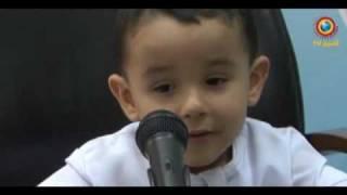 سبحان الله 3 سنوات يحفظ القران عبدالرحمن من الجزائر