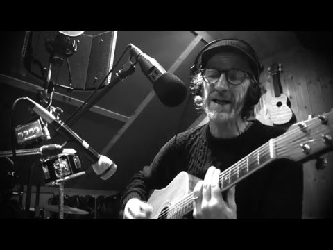 Let The real Thing Walk - live acoustic Session