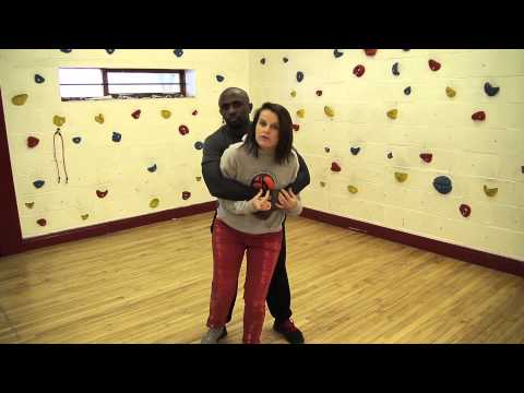 Baixar Premier Self Defence -- Debi Steven shows self-defence techniques