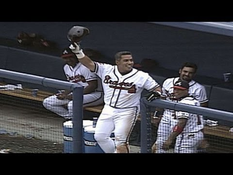 COL@ATL: Galarraga homers in triumphant 2000 return