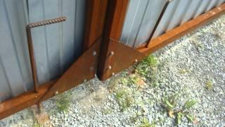 Ворота из профнастила с калиткой - распашная конструкция, изготовление своими руками, видео