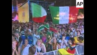 Fans react to Italy