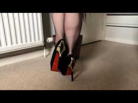 Mature in Stockings: Pantyhose and White from YouTube · Duration:  2 minutes 39 seconds