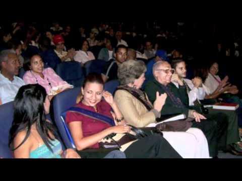 Presentación Libro Dagoberto Tejeda :: Centro Leon :: Grupo de Lechones Los Joyeros
