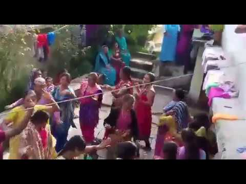 Kano mein double Jhumka - Kumaoni Ladies dance