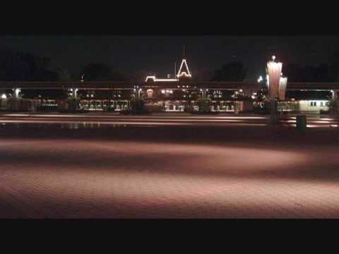 Disneyland closing music