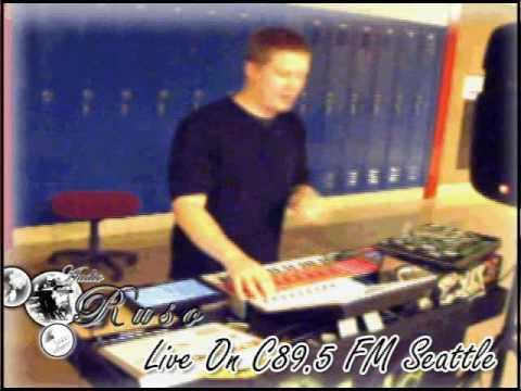 Ruso Live On C89 5 FM Seattle 7 26 09 chunk 3