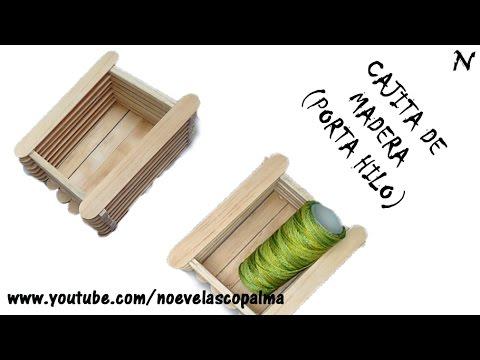Caja de madera (porta rollo de hilo)