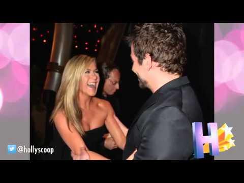 Jennifer Aniston Embraces Her Ex Bradley Cooper Backstage