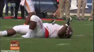 Bowling Green DL Mike Minns Loses Shoe And Plays Dead To Stop The Clock (HD)