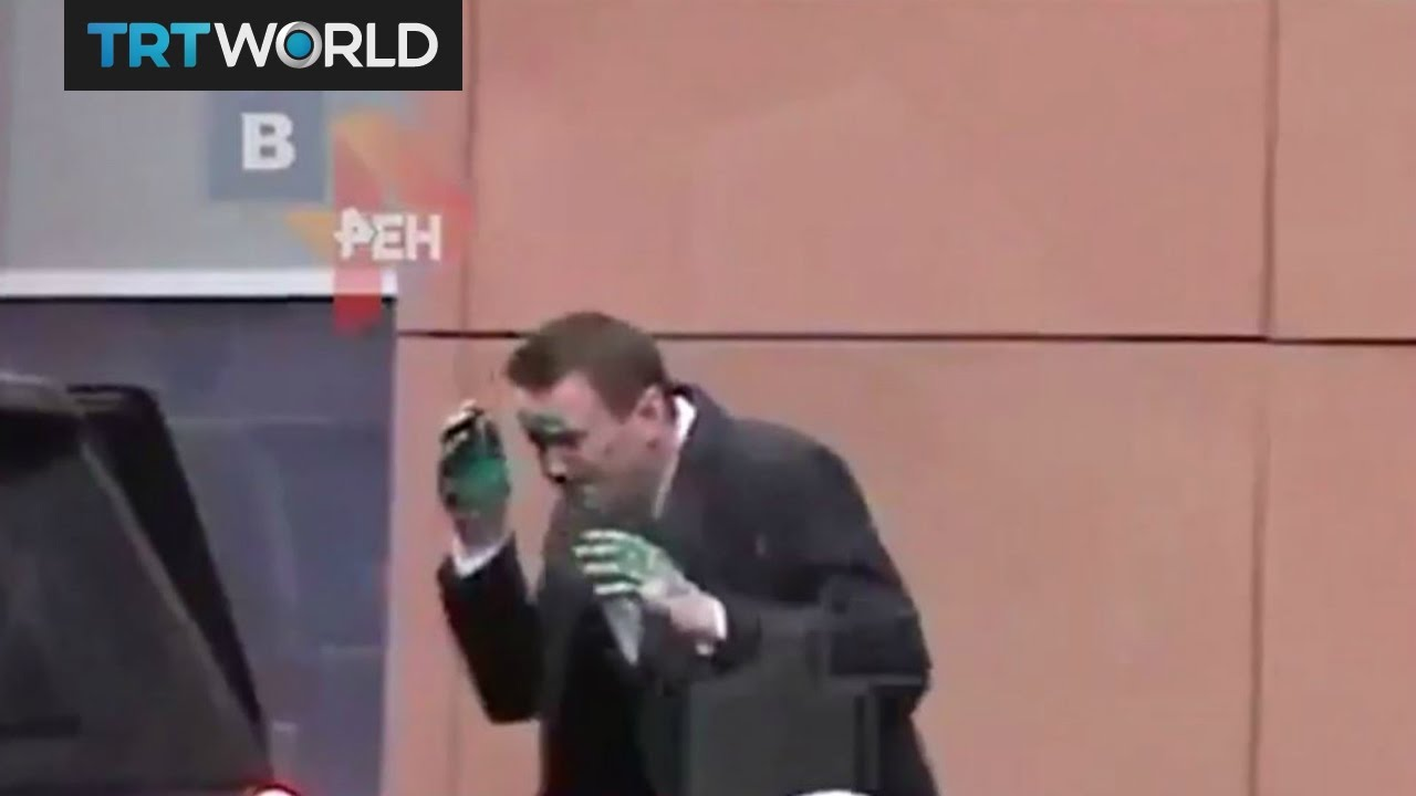 Antiseptic Attack Video Footage Shows Attack On Russian Opposition Leader Navalny Youtube