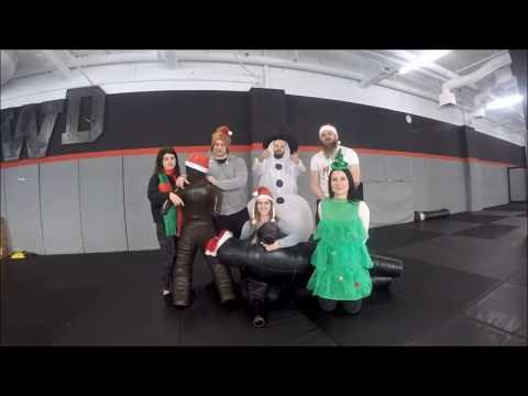 Wesołych Świąt życzy Fitness Platinium