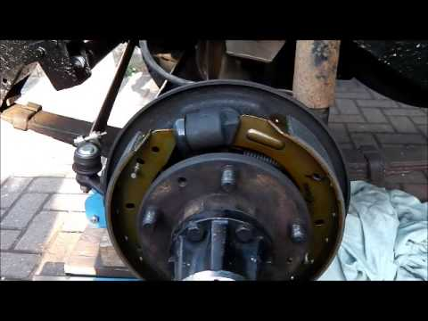 2A Land Rover 88 Inch Wheel Cylinder Set for Series 2 and 3