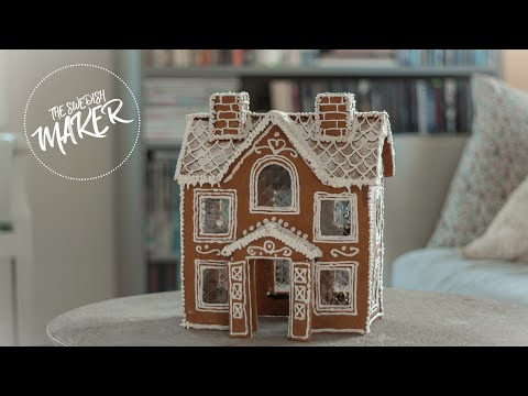Making A Gingerbread House + Free Template
