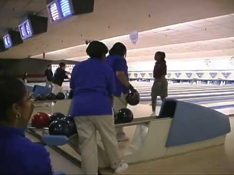 Cheyney University  Women's Bowling A ROLL  December 9, 2001  UNEDITED Part 1 of 2