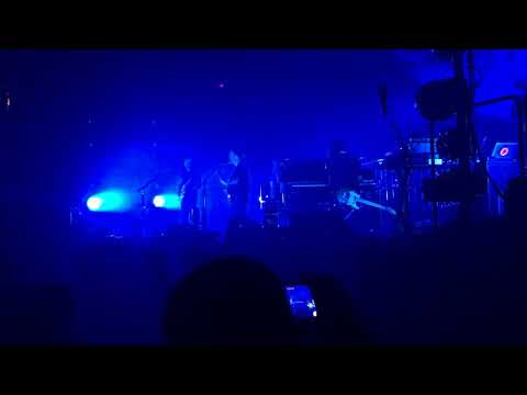 Radiohead - Decks Dark (Live from US Bank Arena in Cincinnati, OH 7-25-2018)