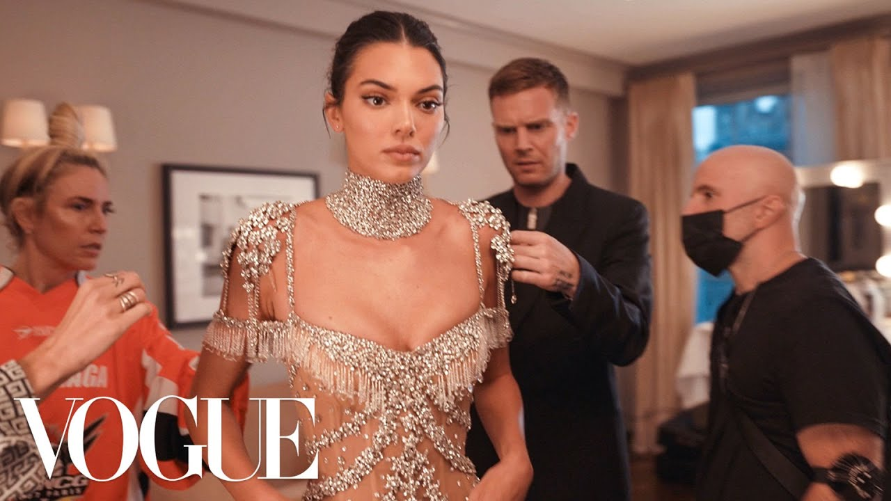 Download Kendall Jenner Gets Ready for the Met Gala | Vogue