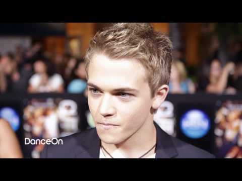 Hunter Hayes - Almost Paradise with Victoria Justice - Footloose 2011
