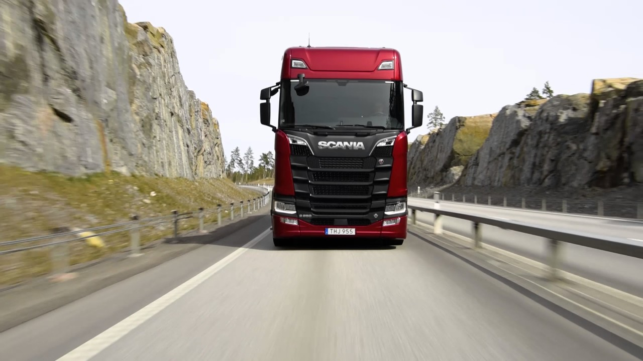 Scania introduces new generation of more fuel-efficient V8s