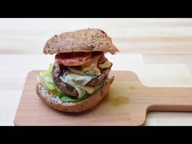 Ultimate Burger Builder Winner: Lindy's Super Duper!
