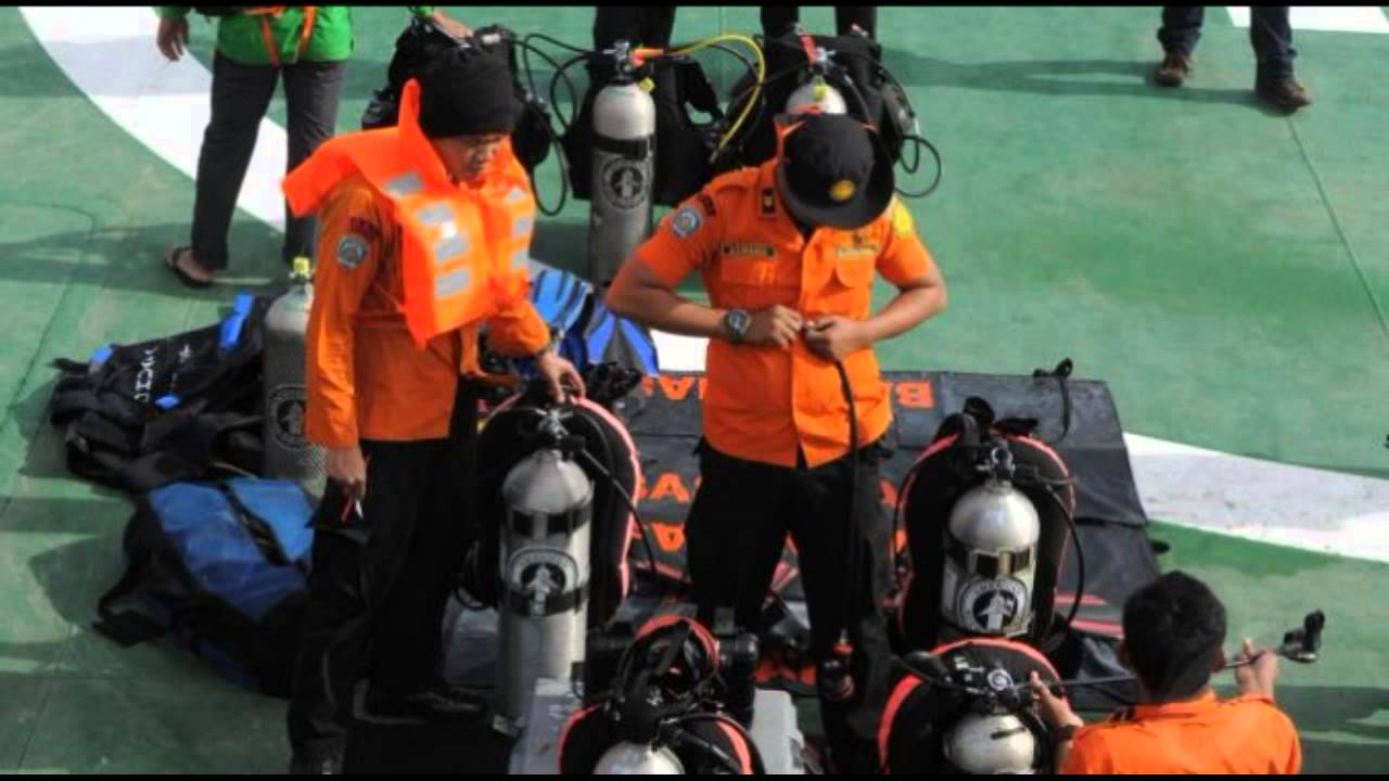 Penyelam Cari Korban AirAsia di Badan Pesawat Hari Ini ...