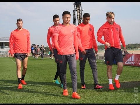 Manchester United Players Training Ahead Of Europa League Match vs Feyenoord  !