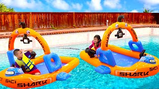 Jannie Pretend Play Going to Swim in the Pool | Swimming Water Inflatable Boat Kids Toys
