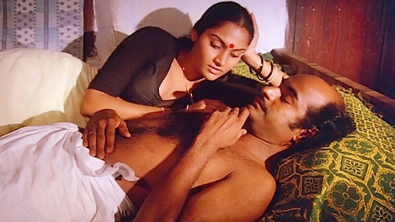 നിങ്ങൾക്ക് അത്ര വയസ്സൊന്നും ആയിട്ടില്ല   Akkare Movie Romantic Scene   Mohanlal   Madavi  