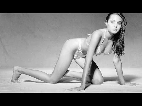 юная Анджелина Джоли young Angelina Jolie