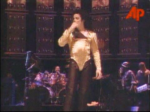 Michael Jackson - Dangerous Tour live in Singapore 29.08.1993 - Happy Birthday, MJ!!