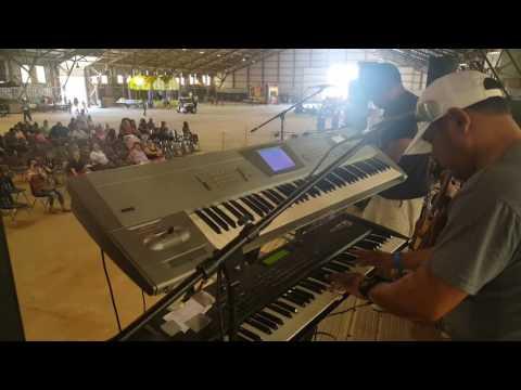 Paul Ochoa y Los Milagros live Plainview Tx