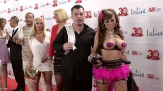 Repeat youtube video Avn 2013