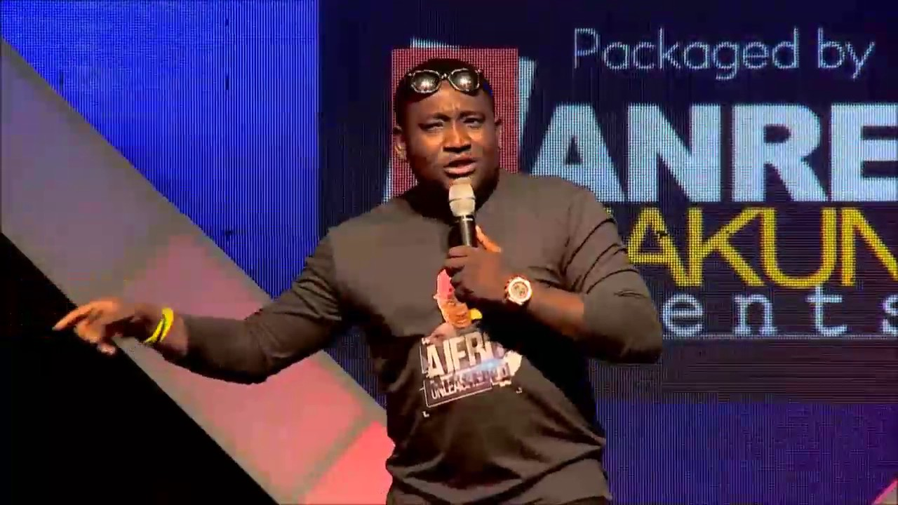 Download AKPORORO, AJEBO and ACAPELLA THRILL CROWD AT SHAKARA AND THE GANG 2016 - FULL SHOW