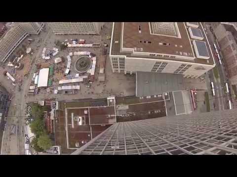 Base-Flight from Roof of Park Inn Berlin (Belly-Cam)