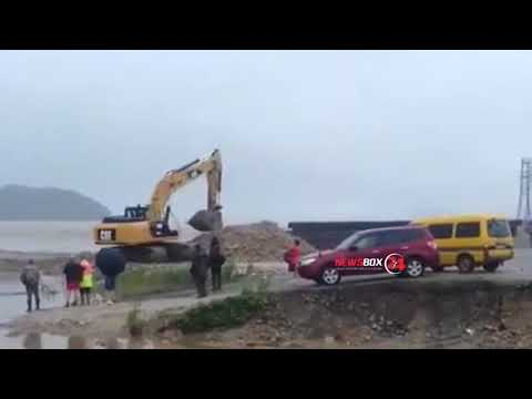 В Приморье затопило дорогу к посёлку Преображение