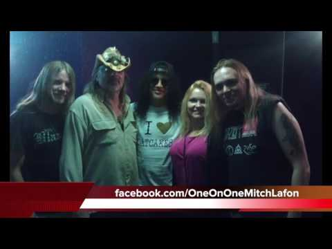 Guns N' Roses  (2016 Alan Niven interview) – plus Q5