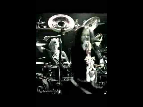 Korn - Narcissistic Cannibal (ft Skrillex & Kill The Noise) (VIDEO RINGER)