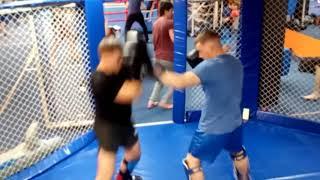 Взрослые. Тренировка в СК Триумф.  Кикбоксинг и Смешанные единоборства ММА.